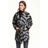 H&M Wzorzysty płaszcz 0301841005 Czarny/Wzór