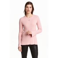 H&M Sweter w prążki 0390157005 Jasnoróżowy melanż