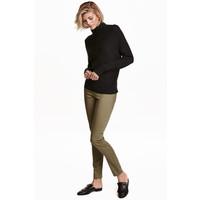 H&M Spodnie superstretch 0355953029 Jasny khaki