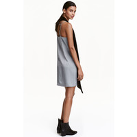 H&M Satynowa sukienka 0426516008 Srebrny