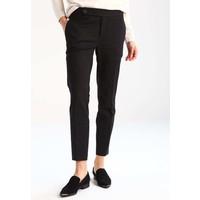 Zalando Essentials Spodnie materiałowe black ZA821AA0E