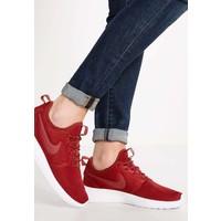 Nike Sportswear ROSHE TWO Tenisówki i Trampki dark cayenne/white NI111S04O