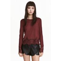 H&M Sweter z koronkowymi detalami 0454411008 Ciemny ceglastoczerwony