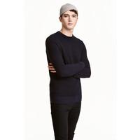 H&M Sweter w strukturalny splot 0438866002 Ciemnoniebieski