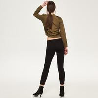 Reserved Spodnie z kieszeniami QZ112-99X