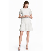 H&M Koronkowa sukienka 0530819001 Biały