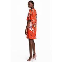 H&M Sukienka z falbankowym rękawem 0557485003 Czerwony/Kwiaty