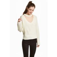 H&M Sweter z dekoltem w serek 0568817001 Naturalna biel