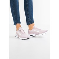 Nike Sportswear AIR MAX JEWELL Tenisówki i Trampki particle rose/white/black NI111A07U