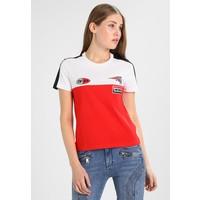 Tommy Hilfiger GIGI HADID SPEED T-shirt z nadrukiem red TO121D096