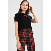 NA-KD LOGO TEE T-shirt z nadrukiem black NAA21D00A