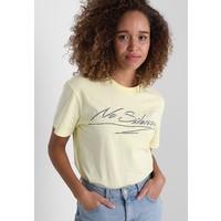 Weekday ALANA TEE T-shirt z nadrukiem yellow WEB21D00T