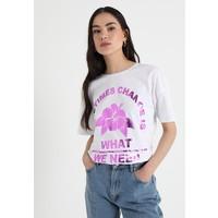 TWINTIP T-shirt z nadrukiem white TW421D08C
