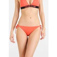 Calvin Klein Swimwear INTENSE POWER CHEEKY STRING SIDE TIE BIKINI Dół od bikini hot coral C1181D003