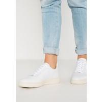 Veja V-10 Sneakersy niskie extra white VJ211S00V