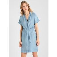 Denham DRESS Sukienka jeansowa washed indigo DE421C00P