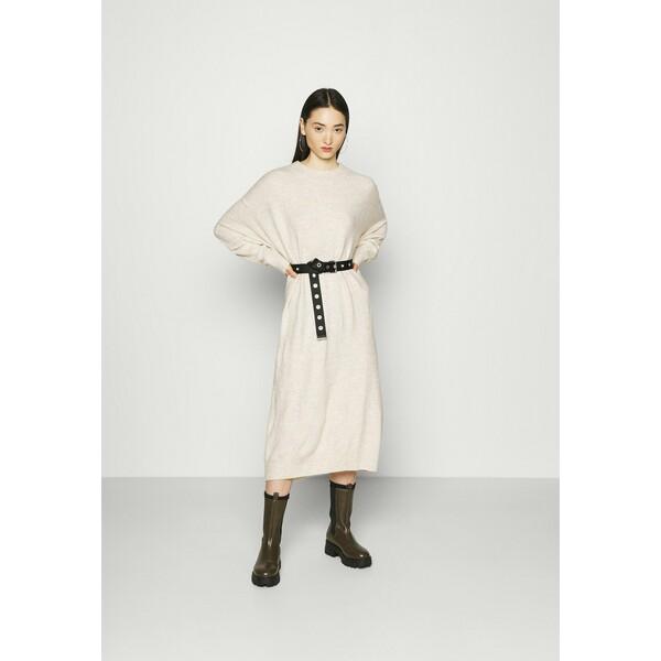 Monki FELIA DRESS Sukienka dzianinowa ecru melange MOQ21C09V