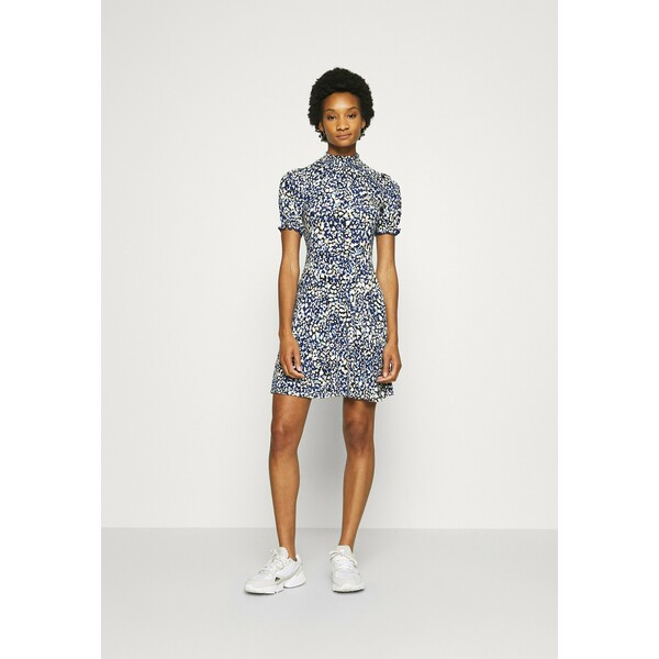Dorothy Perkins ABSTRACT SHIRRED HIGH NECK FIT AND FLARE DRESS Sukienka letnia blue DP521C2GW