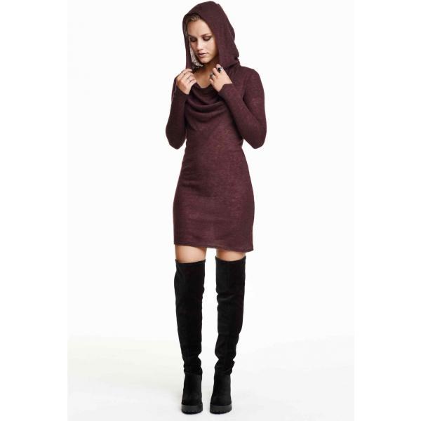 H&M Dzianinowa sukienka 0192460004 Bakłażan