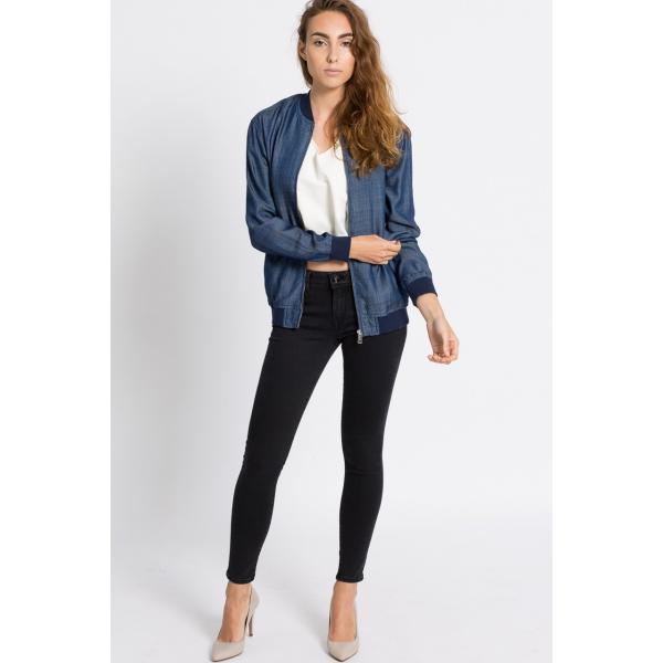 f9e059f6e1fc3 Guess Jeans Kurtka 4940-KUD008. (C) answear.com. (C) answear.com