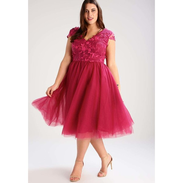 746036da7906 Chi Chi London Curvy MADELEINE Sukienka koktajlowa raspberry CV721C016